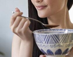 女性经期饮食有讲究 4款经期食谱调月经