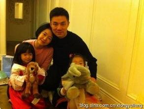 ...折,女儿不论是英文名、中文名都包含了父母及家人对她的期待.小...