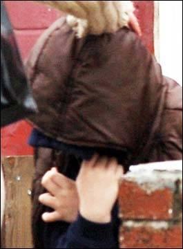 英国一7岁男孩连插邻居21刀