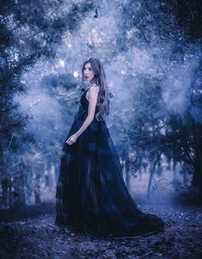...摄影 神秘森林里的精灵