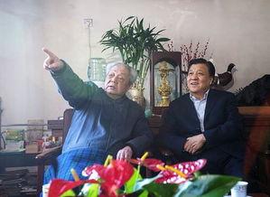 刘云山看望文化界知名人士