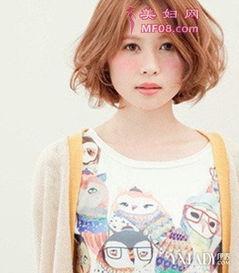 时尚女生短发卷图片3款造型让你修颜又显魅力