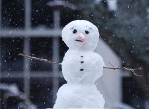 如何画堆雪人?