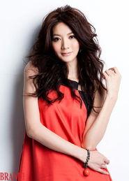 ...台湾名模吴亚馨微博照片