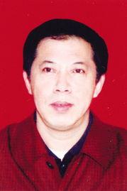 63年4月生,朝鲜族,中共党员,在职研究生学历.曾任延边大学团委...