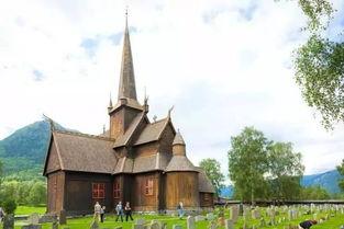 还有那令人惊叹的Knarvik社区教堂(Community Church)和世