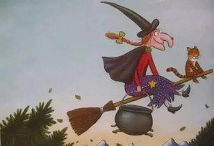 女巫扫帚排排坐