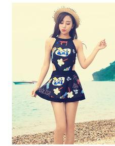 韩国泳衣少女个性涂鸦连体裙式学生泳装遮肚显瘦保守游泳衣沙滩