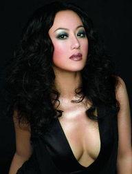 胸部形状最美的十大华人女星 组图 自由飞翔的BLOG