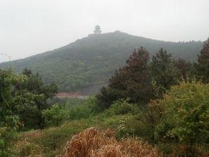 ...,后来我知道是飘渺山庄 -苏州太湖西山 东山风景区 登顶飘渺峰,苜...