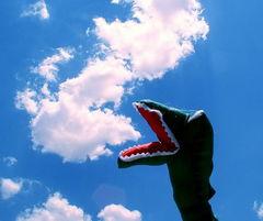 创意摄影 和蓝天白云的小互动