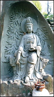 ...,表三十三身之梵王.梵王乃色界之主,其德殊胜,故称德王.-常州...