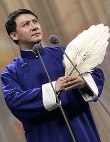 朋在第四届京剧交响乐流派演唱会... 再见时,已是知天命之年的他,眉...