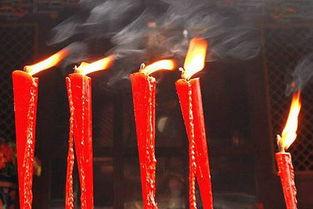 烧香-红红火火过新年 家居用火需加倍注意