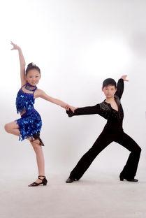 重庆少儿万象城成人拉丁舞培训怎么样 万象城专业拉丁舞培训