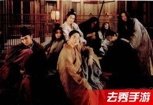 香港电影公认的全才,配乐、制片、导演,为王家卫众多电影做过配乐...