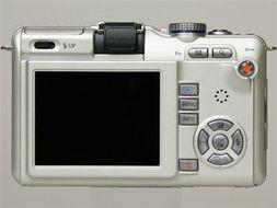 奥林巴斯(OLYMPUS) EPL1(单镜头套机14-42mm)-用低价来推广...