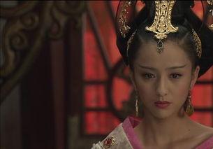 ,因为长相清秀漂亮且身材苗条和历史上的赵飞燕有很大的相似之处,...