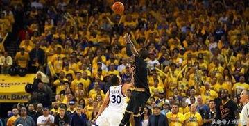 NBA年度五佳球 科比告别战第一无争议,小南斯献年度最佳隔扣