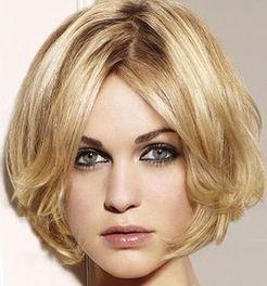 ...脸长剪短发什么发型好看 脸长无白头发短的女生发型