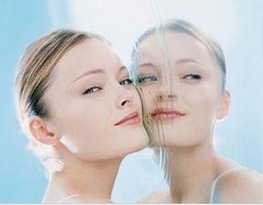 帮学姐的忙通肛门-我觉得化妆水真的是夏日保养的好帮手! 害怕太滋润黏腻的产品为肌肤...