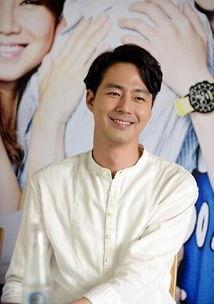 国际在线专稿:据韩国《亚洲经济》报道,演员赵寅成将在泰国举行首...