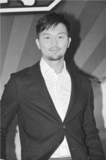 《冲上云霄2》在香港和内地网站热播后,张智霖再度走红,生活中的...