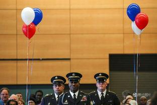 美利坚合众国色妹妹-美国独立日西雅图503人宣誓成为美国公民