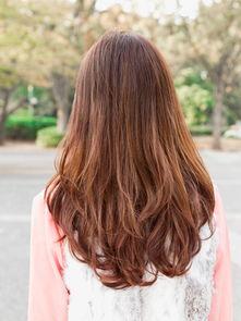 2012年流行发型图片女生长卷发