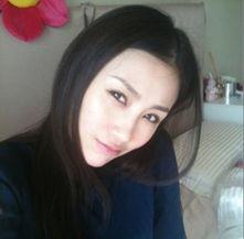 差21年的长春姑娘石洋子在港注册成为夫妇,他们在2007年9月9日新...