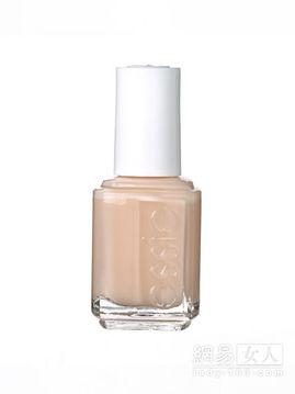 5、奶油米色指甲油   这款指甲油最适合夏季使用,涂抹后的阴影效果...