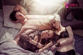 我和好姐妹互换老公,老公和闺蜜有奸情上床被抓视频照片 2