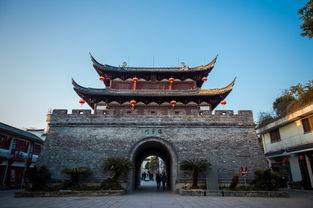 东市北街以西,飘萍路以北,始建于唐昭宗天复三年(公元903年)以...