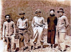 ...黑仔(左2)的东江纵队官兵照片(资料图)-揭秘胜利 21 中华儿女反...