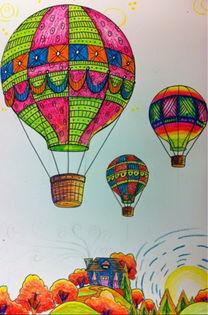 天空上的热气球绘画 小朋友画水彩画作品在线看