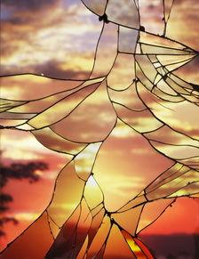 碎天镜-魅力无穷的落日历来为多少歌曲和绘画作品提供了灵感,也每每成为各...