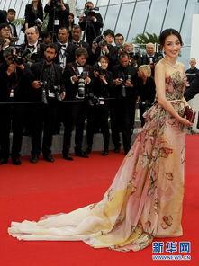 5月24日,电影《聂隐娘》的主演舒淇在法国戛纳出席第68届戛纳电影...