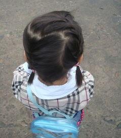 女宝宝发型编辫扎法图解 2岁女宝宝编辫子发型 发型师姐