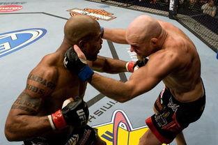 冷世之我为刀狂- 如果有哪位现役UFC选手最富有娱乐精神,那这一定是前UFC次重量...