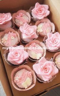 ... 粉色玫瑰定制名字套装 cupcake 婚礼生日翻糖蛋糕-请问这种蛋糕叫...