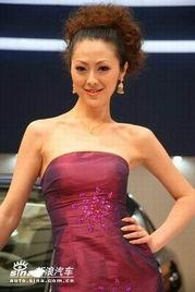 上海车展 美女与耳环