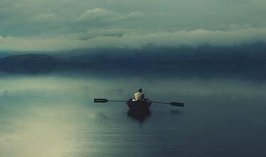 伤感寂寞网名大全,孤单是一个人的狂欢