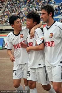 北京时间6月11日17点,2011中超联赛展开第10轮的争夺.陕西人和...