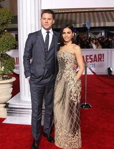 好莱坞男星偷拍妻子裸照,却被网友痛批
