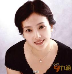 刘亦菲妈妈年轻照片美呆 传2次离婚和陈金飞有染