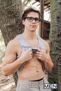Ayden James,1987年1月2日出生在美国南部的亚利桑那州凤凰城不过...