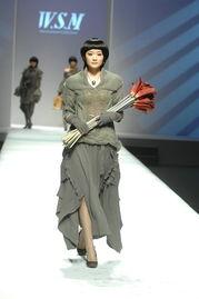 理的创新,塑造都市贵族的穿衣典范.   铜奖得主:14号 张涛涛 青岛...