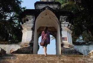 七煌sun立人-老挝的寺庙相当有名气,个个造的金壁辉煌,好不气派漂亮,像皇家寺...