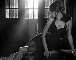...山大 安布罗休全新写真 胴体的美丽诱惑