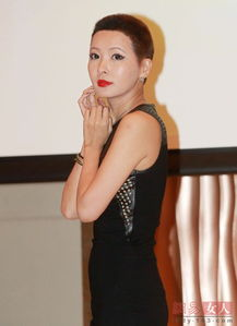 ...饰演癌症病患的台湾女艺人Makiyo在现场把一把美丽长发剪成寸头....